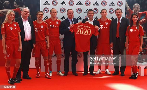 Model Sarah Bayern Munich President Uli Hoeness Philipp Lahm Arjen Robben CEO KarlHeinz Rummenigge adidas CEO Herbert Hainer Bastian Schweinsteiger...