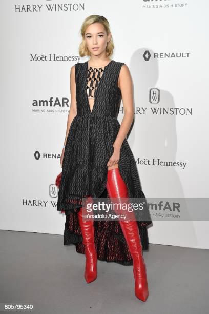 Model Sarah Snyder attends the amfAR Paris Dinner 2017 at Le Petit Palais in Paris France on July 2 2017