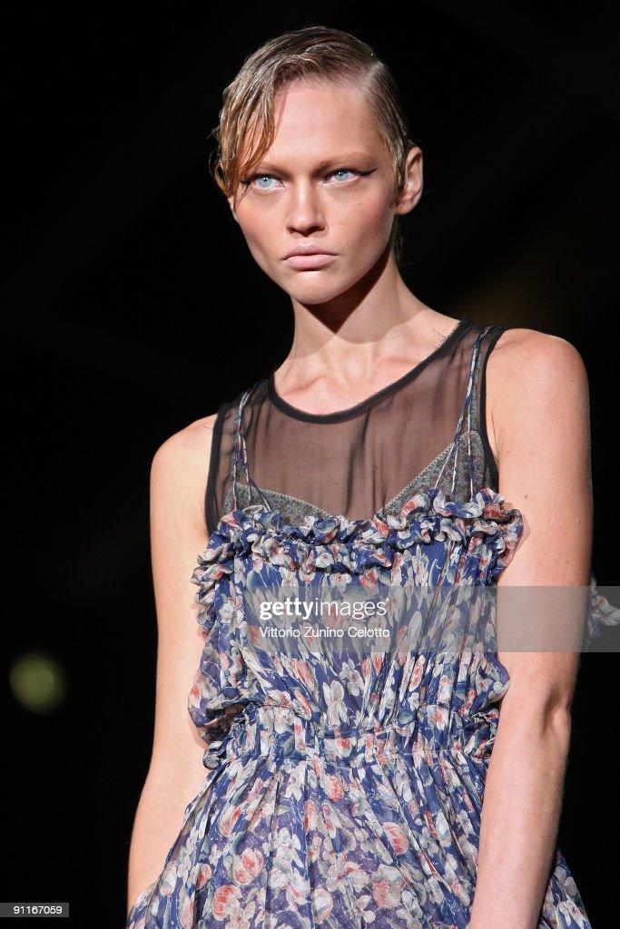 Model Sasha Pivovarova walks down the runway during the Roberto Cavalli show as part of Milan Womenswear Fashion Week Spring/Summer 2010 at on...