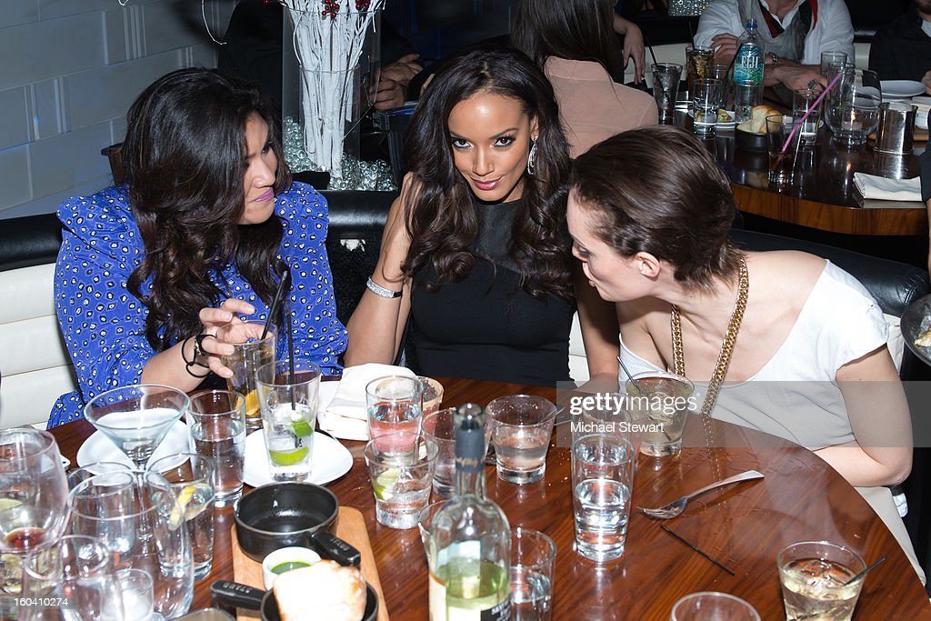 Model <a gi-track='captionPersonalityLinkClicked' href=/galleries/search?phrase=Selita+Ebanks&family=editorial&specificpeople=619483 ng-click='$event.stopPropagation()'>Selita Ebanks</a> (C) and guests attend STK Midtown 1-Year Anniversary dinner party on January 30, 2013 in New York City.