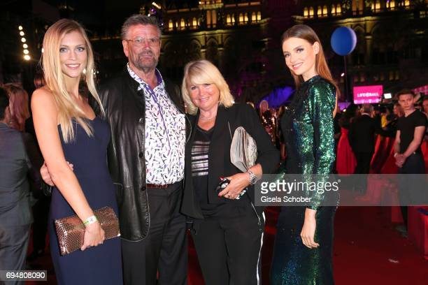 Model Serlina Hohmann Guenther Klum and his wife Erna Klum parents of Heidi Klum and Celine Bethmann winner GNTM during the Life Ball 2017 at City...