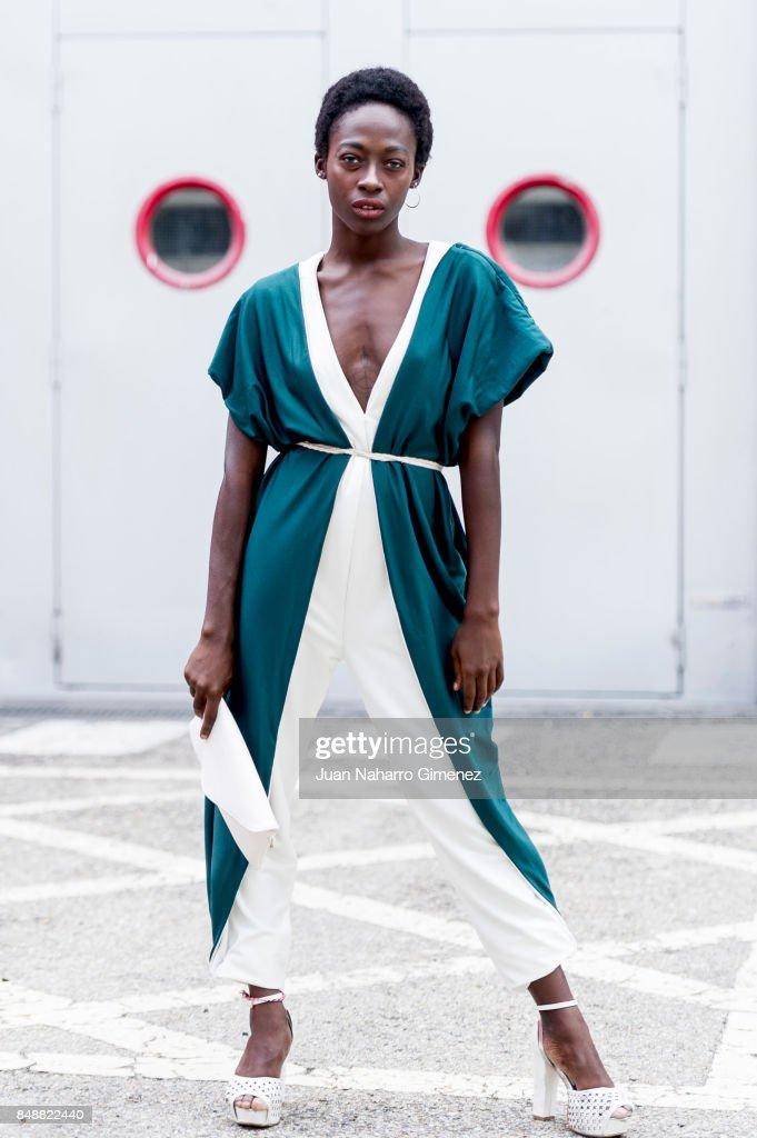 15 dresses 2018 white mercedes-benz