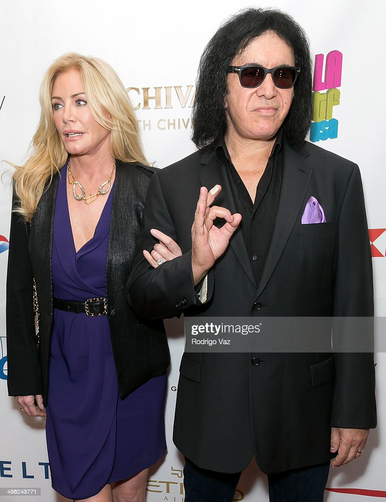 Model <a gi-track='captionPersonalityLinkClicked' href=/galleries/search?phrase=Shannon+Tweed&family=editorial&specificpeople=226528 ng-click='$event.stopPropagation()'>Shannon Tweed</a> (L) and musician <a gi-track='captionPersonalityLinkClicked' href=/galleries/search?phrase=Gene+Simmons&family=editorial&specificpeople=138593 ng-click='$event.stopPropagation()'>Gene Simmons</a> attend The British American Business Council Los Angeles 54th Annual Christmas Luncheon at Fairmont Miramar Hotel on December 13, 2013 in Santa Monica, California.