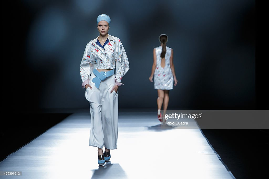 Model showcase designs by Moises Nieto on the runway during Mercedes Benz Fashion Week Madrid Spring/Summer 2015 at Ifema on September 13 2014 in...