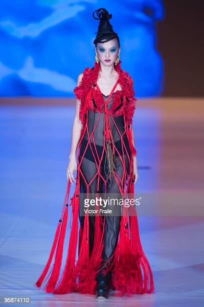 A model showcases designs by Ali Charisma on the catwalk during the La Mer show as part of the Hong Kong Fashion Week Fall/Winter 2010 on January 19...