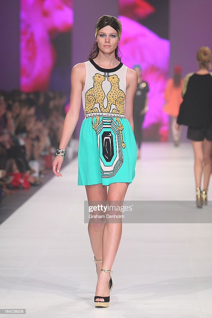 A model showcases designs by Alice McCall on the runway at the L'Oreal Paris Runway 3 show during day four of L'Oreal Melbourne Fashion Festival on...