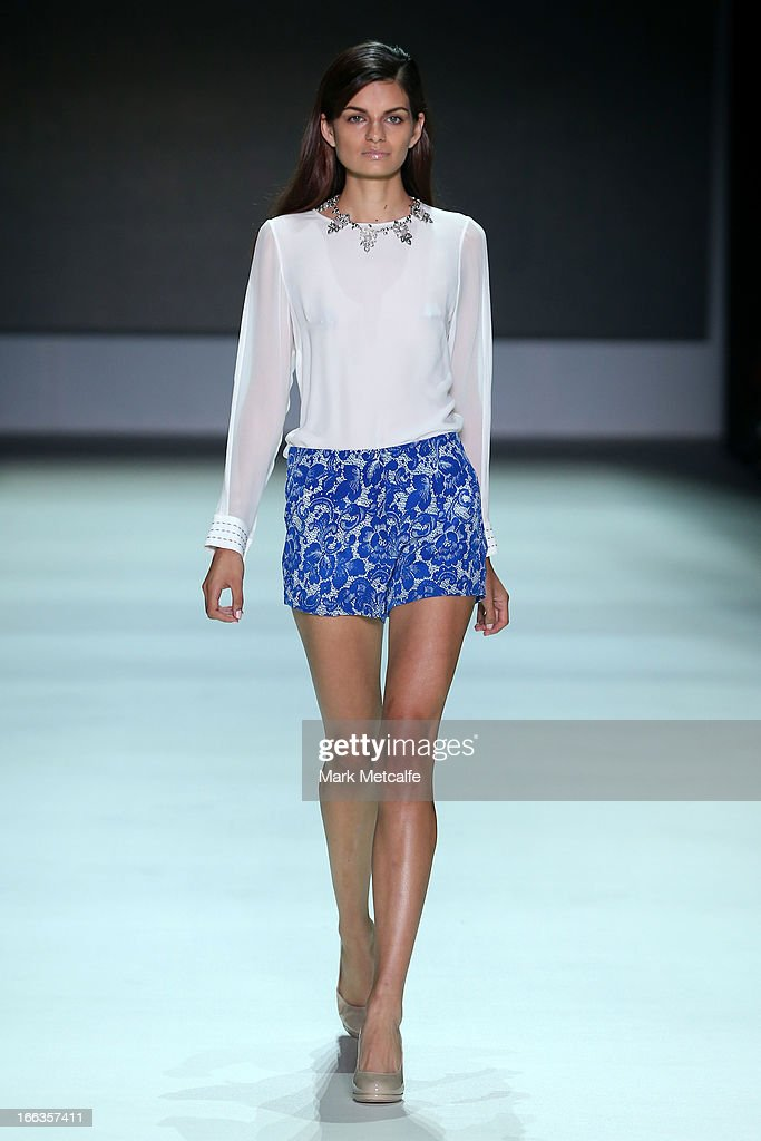 A model showcases designs by Betty Tran on the runway at the New Generation show during MercedesBenz Fashion Week Australia Spring/Summer 2013/14 at...