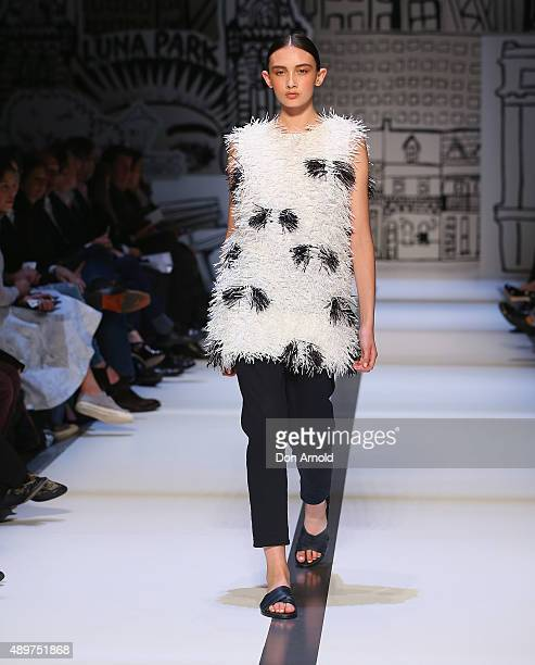A model showcases designs by Gary Bigeni during the Ready To Wear show at MercedesBenz Fashion Festival Sydney 2015 at Sydney Town Hall on September...