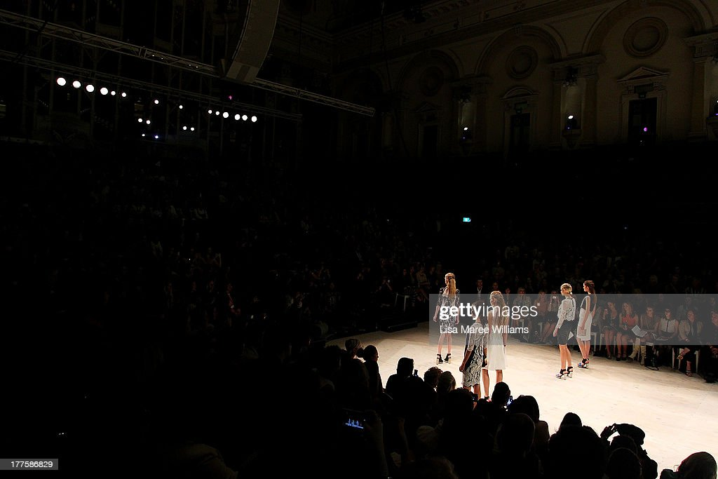 A model showcases designs by Ginger & Smart on the runway at the MBFWA Trends show during Mercedes-Benz Fashion Festival Sydney 2013 at Sydney Town Hall on August 24, 2013 in Sydney, Australia.