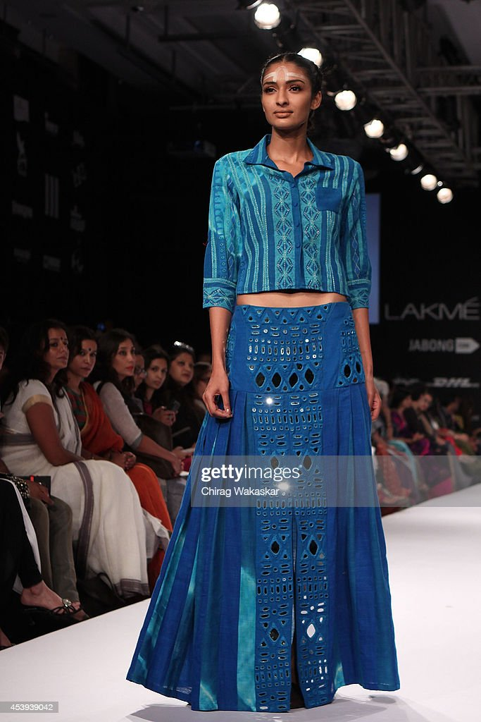 A model showcases designs by Purvi Doshi during day 2 of Lakme Fashion Week Winter/Festive 2014 at The Palladium Hotel on August 21, 2014 in Mumbai, India.