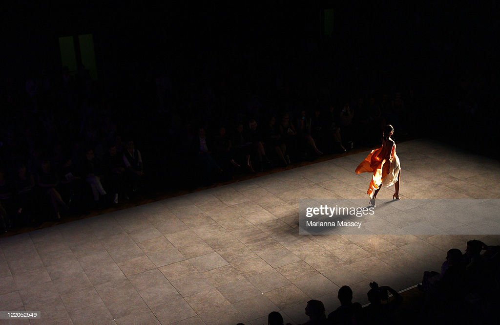 A model showcases designs during the A Review of Australian Fashion show as part of Mercedes Benz Fashion Festival Sydney 2011 at Sydney Town Hall on August 25, 2011 in Sydney, Australia.