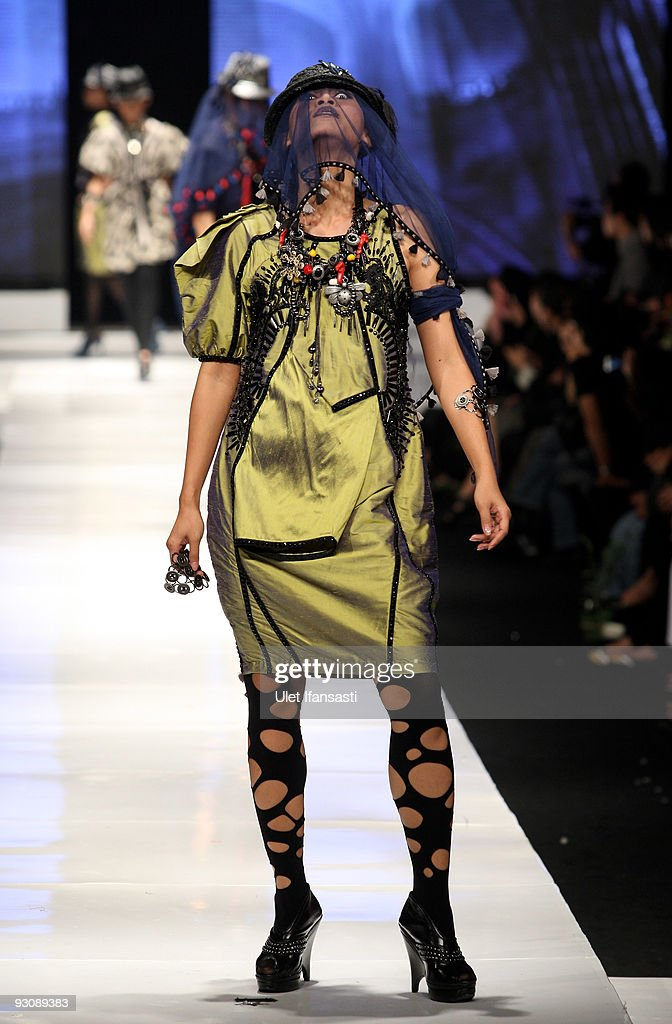 A model showcases designs on the runway by Sofie as part of APPMI Show 6 on day three of Jakarta Fashion Week 2009 at the Fashion Tent, Pacific Place on November 16, 2009 in Jakarta, Indonesia.