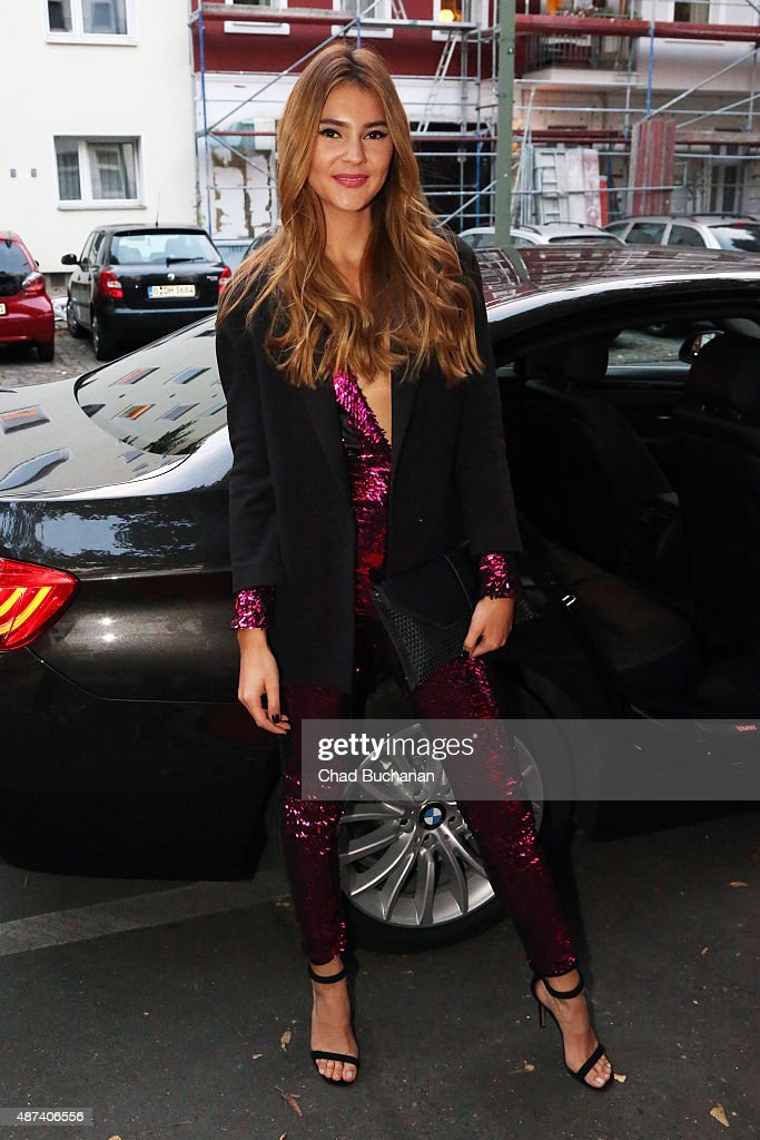 photo of Stefanie Giesinger - car