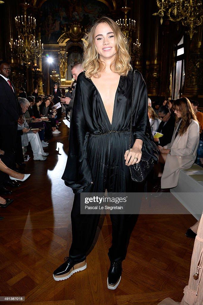 Model Suki Waterhouse attends the Stella McCartney show as part of the Paris Fashion Week Womenswear Spring/Summer 2016 on October 5 2015 in Paris...
