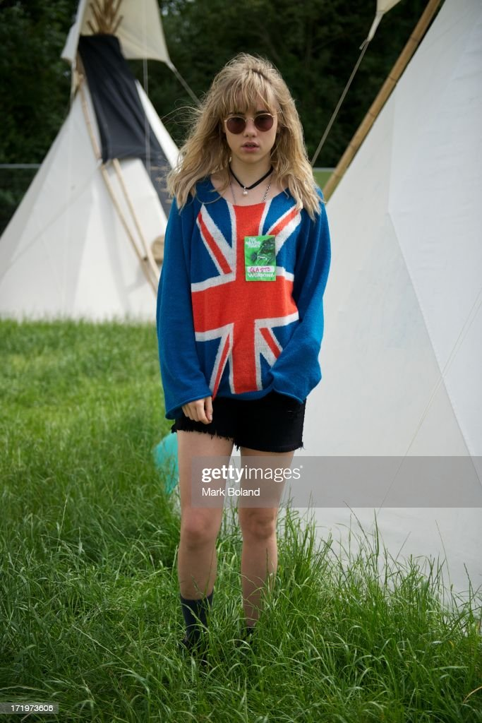Model <a gi-track='captionPersonalityLinkClicked' href=/galleries/search?phrase=Suki+Waterhouse&family=editorial&specificpeople=7591336 ng-click='$event.stopPropagation()'>Suki Waterhouse</a> is pictured during day 4 of the 2013 Glastonbury Festival at Worthy Farm on June 30, 2013 in Glastonbury, England.