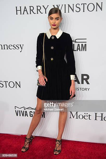 Model Taylor Hill attends the 2016 amfAR New York Gala at Cipriani Wall Street on February 10 2016 in New York City
