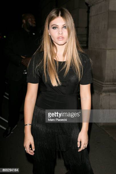 Model Thylane Blondeau arrives to attend the 'L'Oreal Paris X Balmain' party on September 28 2017 in Paris France