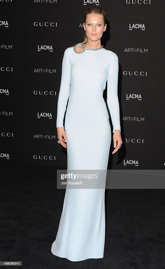 Model Toni Garrn arrives at the 2014 LACMA Art Film Gala Honoring Quentin Tarantino And Barbara Kruger at LACMA on November 1 2014 in Los Angeles...