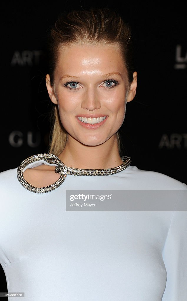 Model Toni Garrn attends the 2014 LACMA Art + Film Gala honoring Barbara Kruger and Quentin Tarantino presented by Gucci at LACMA on November 1, 2014 in Los Angeles, California.