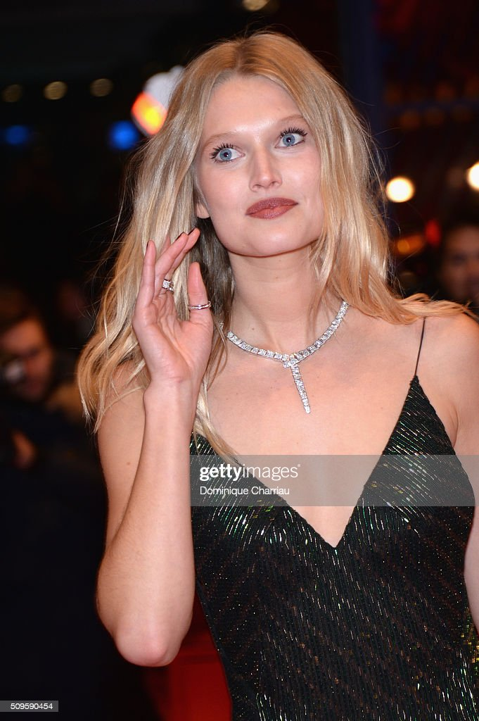 Model <a gi-track='captionPersonalityLinkClicked' href=/galleries/search?phrase=Toni+Garrn&family=editorial&specificpeople=4425236 ng-click='$event.stopPropagation()'>Toni Garrn</a> attends the 'Hail, Caesar!' premiere during the 66th Berlinale International Film Festival Berlin at Berlinale Palace on February 11, 2016 in Berlin, Germany.