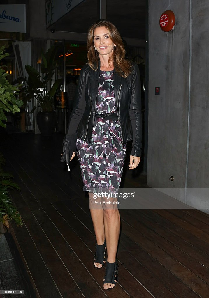 Model / TV Personality <a gi-track='captionPersonalityLinkClicked' href=/galleries/search?phrase=Cindy+Crawford&family=editorial&specificpeople=202842 ng-click='$event.stopPropagation()'>Cindy Crawford</a> attends the launch party for Brian Edwards' new book 'Enter Miss Thang' at Cafe Habana on October 21, 2013 in Malibu, California.