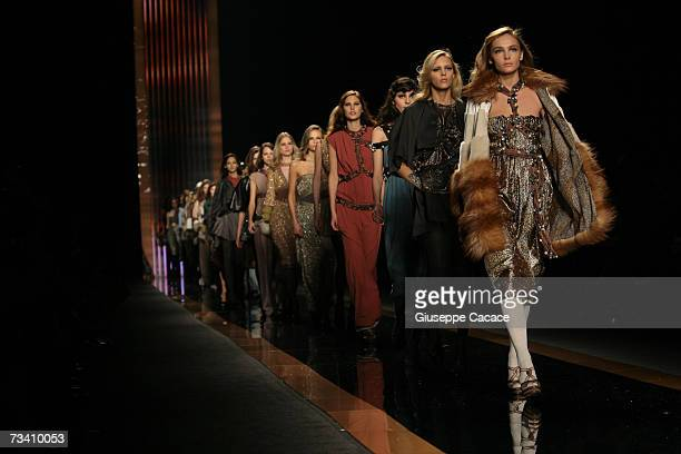 A model walks down the catwalk during the Missoni fashion show as part of Milan readytowear womenswear collections Autumn/Winter 2007 on February 23...