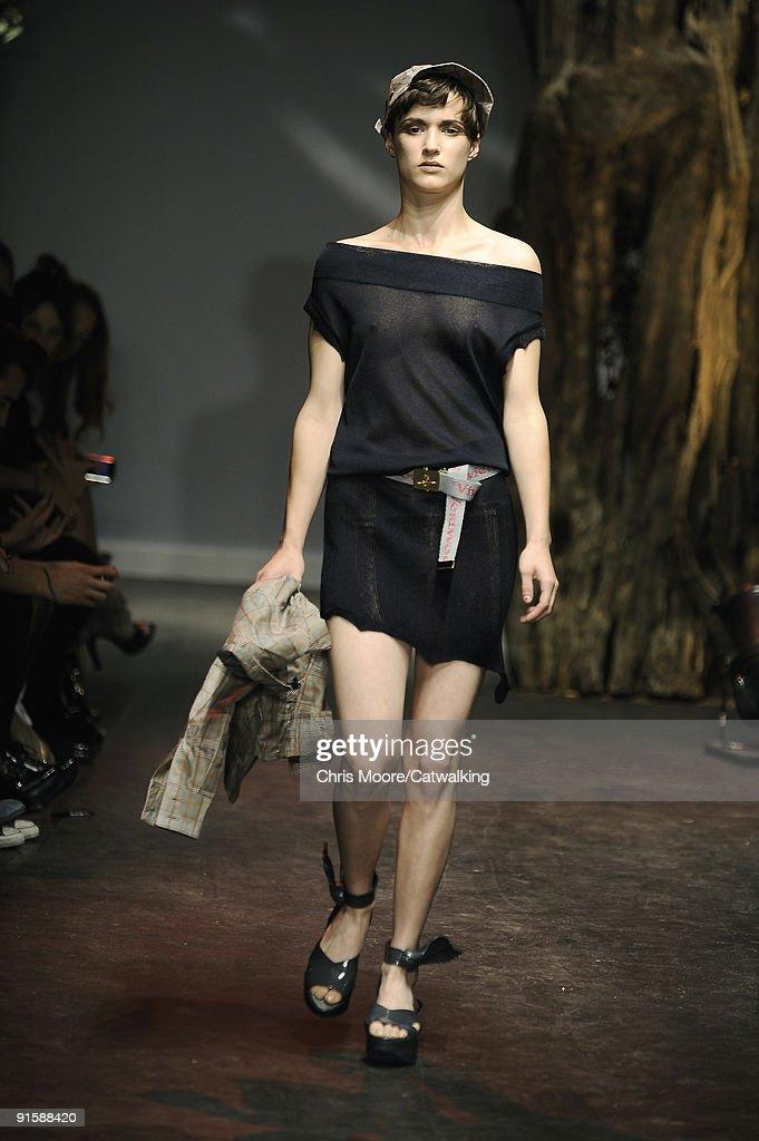 Vivienne Westwood Red Label SS10- London Fashion Week ... Week Of September 20 2010 Photos