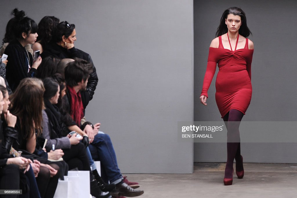 A model walks down the catwalk preseting creations by Mark Fast for the Autumn/Winter 2010 collection on the second day of the London Fashion Week in...