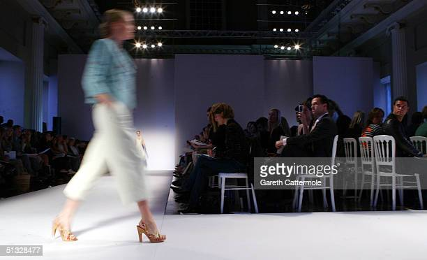 A model walks down the runway at the Nicole Farhi fashion show as part of London Fashion Week Spring/Summer 2005 at The Banquetting halls Whitehall...