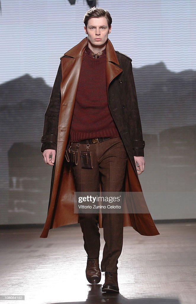 A model walks down the runway during the Ermenegildo Zegna Milan Fashion Week Menswear A/W 2011 show on January 15, 2011 in Milan, Italy.