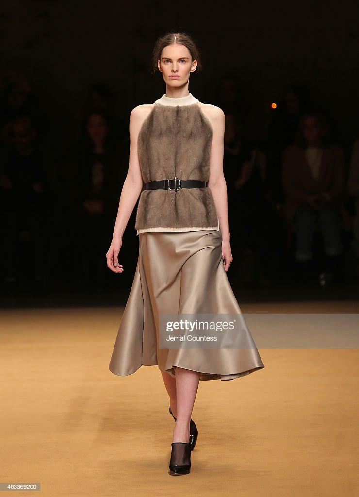 Sally lapointe runway mercedes benz fashion week fall for Mercedes benz fashion show