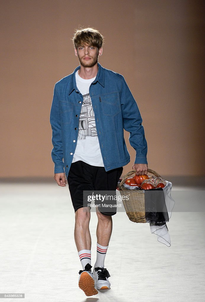 A model walks the runaway at the Carlotaoms show during the Barcelona 080 Fashion Week Spring/Summer 2017 at the INFEC on June 27, 2016 in Barcelona, Spain.