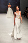Aire Barcelona - Show - Valmont Barcelona Bridal...