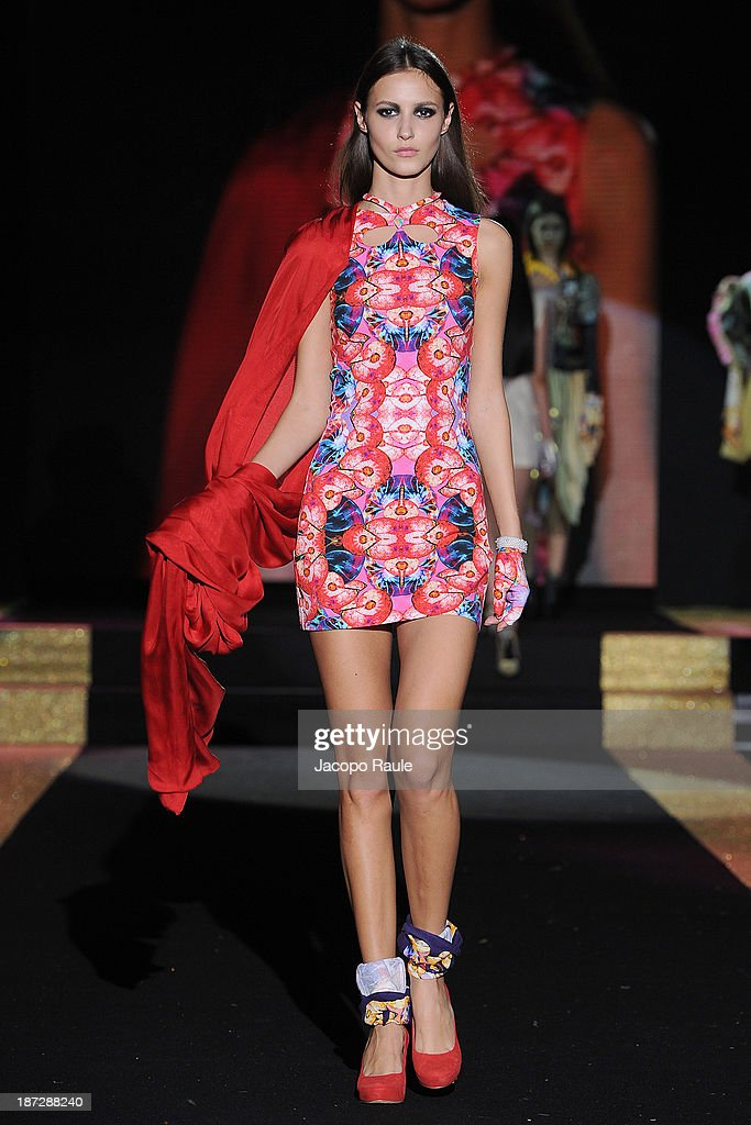 A model walks the runway at Emre Tamer Fashion Show during the Mittelmoda Special Edition 2013 for Lectra on November 7, 2013 in Milan, Italy.