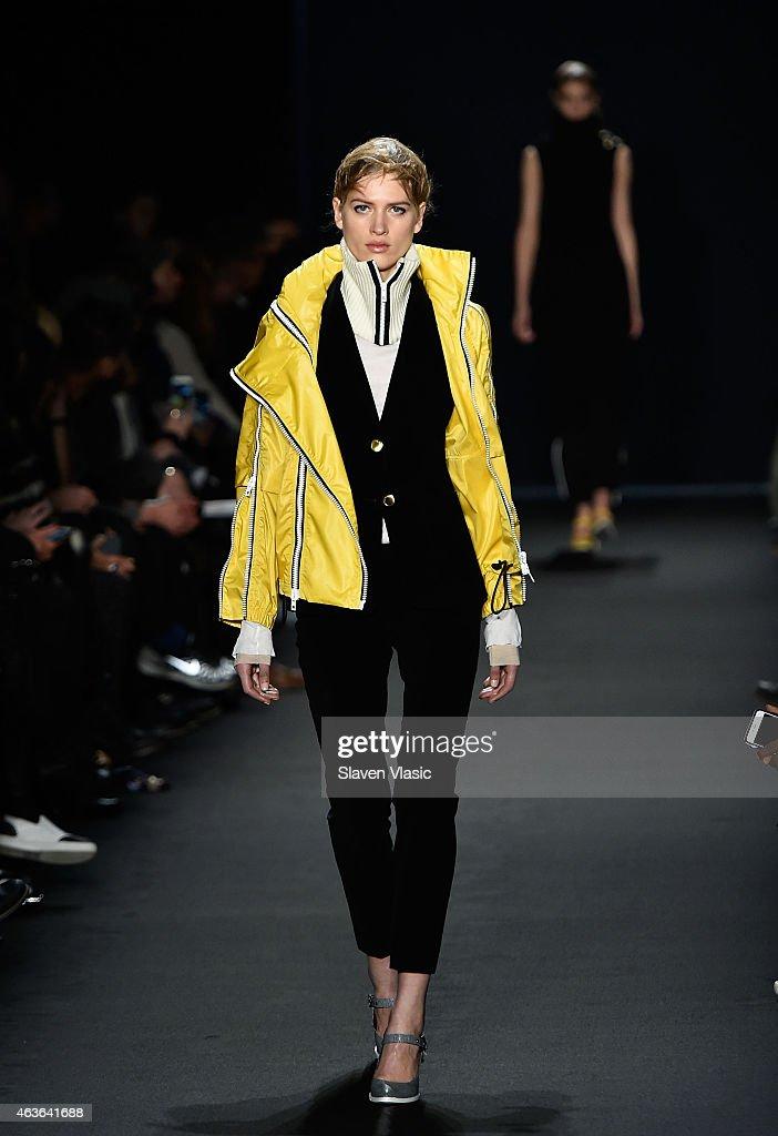 Rag bone runway mercedes benz fashion week fall 2015 for Mercedes benz fashion show