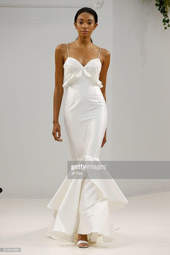 model-walks-the-runway-at-sachin-babi-fallwinter-2017-bridal-during-picture-id612874556