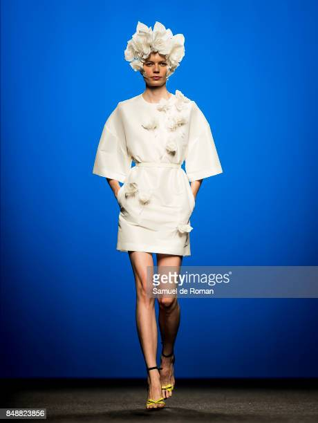 A model walks the runway at The 2nd Skin Co show during the MercedesBenz Fashion Week Madrid Spring/Summer 2018 at Ifema on September 18 2017 in...