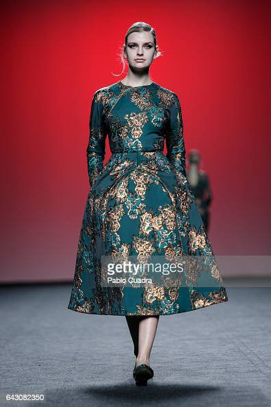 A model walks the runway at the 2nd Skin Co show during the MercedesBenz Madrid Fashion Week Autumn/Winter 2017 at Ifema on February 20 2017 in...