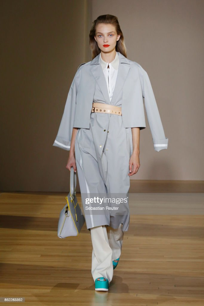 model-walks-the-runway-at-the-agnona-show-during-milan-fashion-week-picture-id852283352