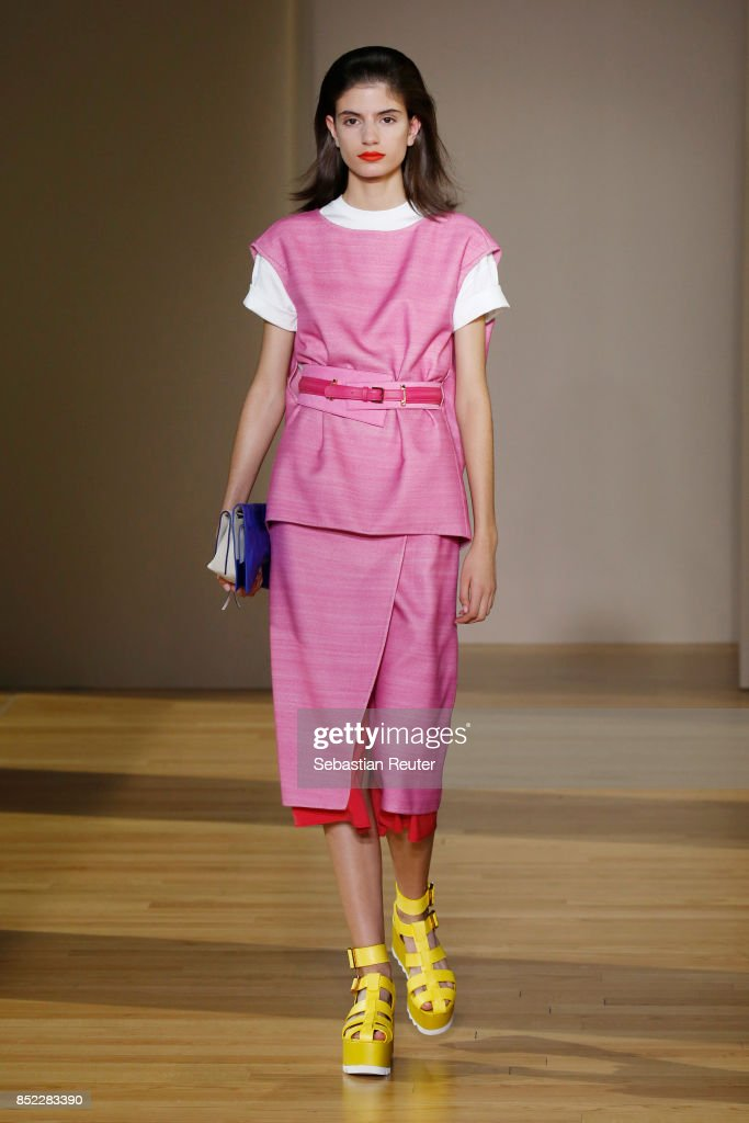 model-walks-the-runway-at-the-agnona-show-during-milan-fashion-week-picture-id852283390
