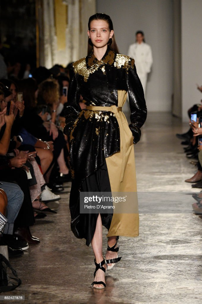model-walks-the-runway-at-the-albino-teodoro-show-during-milan-week-picture-id852427876