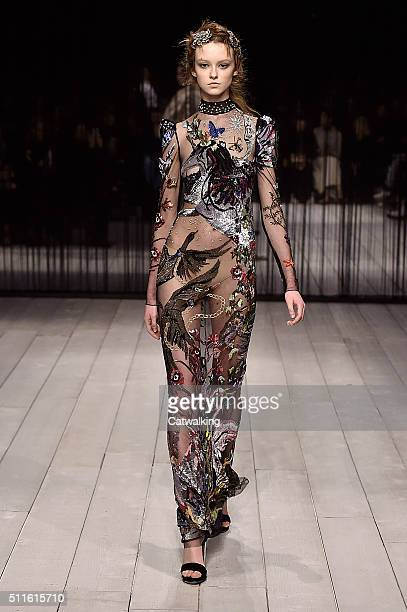 A model walks the runway at the Alexander McQueen Autumn Winter 2016 fashion show during London Fashion Week on February 21 2016 in London United...