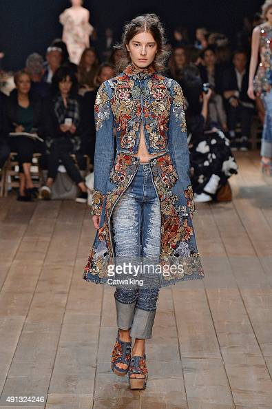 A model walks the runway at the Alexander McQueen Spring Summer 2016 fashion show during Paris Fashion Week on October 4 2015 in Paris France