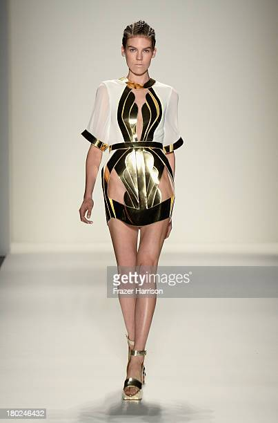 A model walks the runway at the Alon Livne fashion show during MercedesBenz Fashion Week Spring 2014 at The Studio at Lincoln Center on September 10...