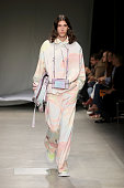 Angel Chen - Runway - Milan Fashion Week Spring/Summer...