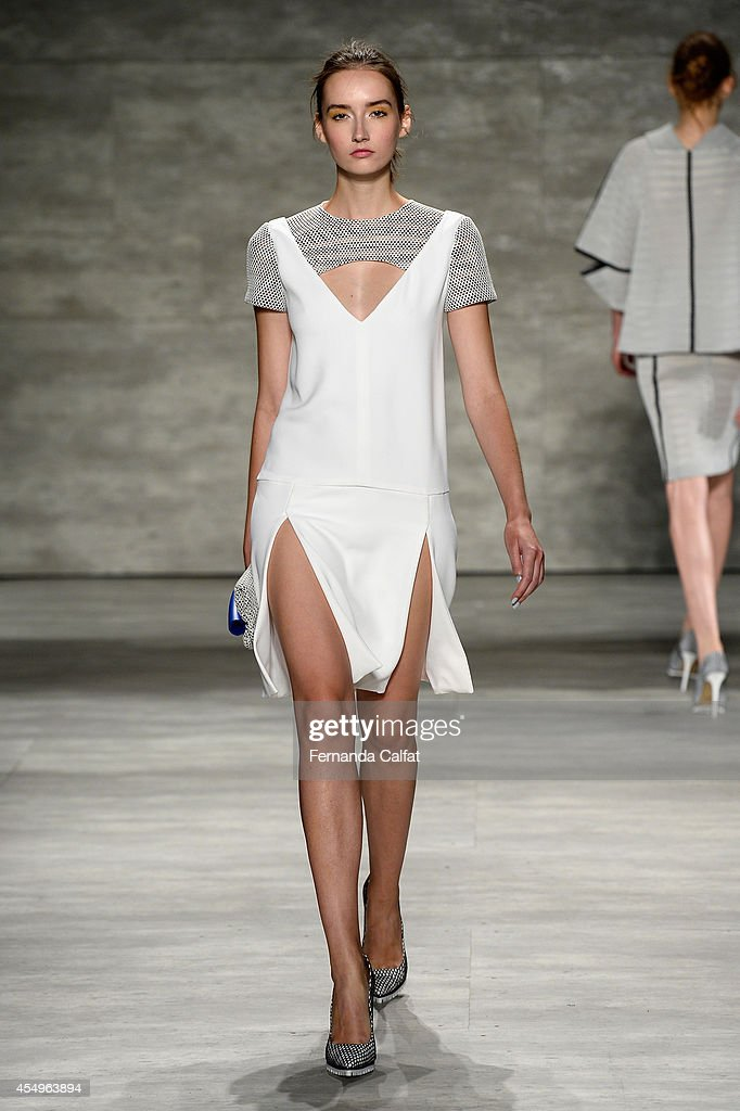 A model walks the runway at the Angel Sanchez fashion show during MercedesBenz Fashion Week Spring 2015 at The Pavilion at Lincoln Center on...