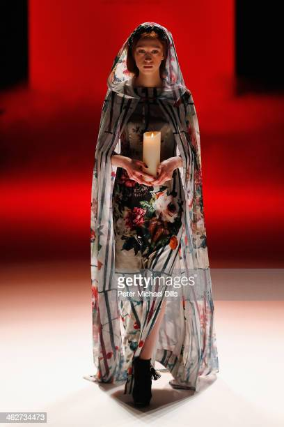 A model walks the runway at the Anja Gockel show during MercedesBenz Fashion Week Autumn/Winter 2014/15 at Brandenburg Gate on January 15 2014 in...