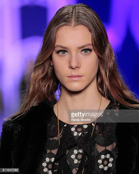 A model walks the runway at the Anna Sui Fall 2016 show during New York Fashion Week The Shows at The Arc Skylight at Moynihan Station on February 17...