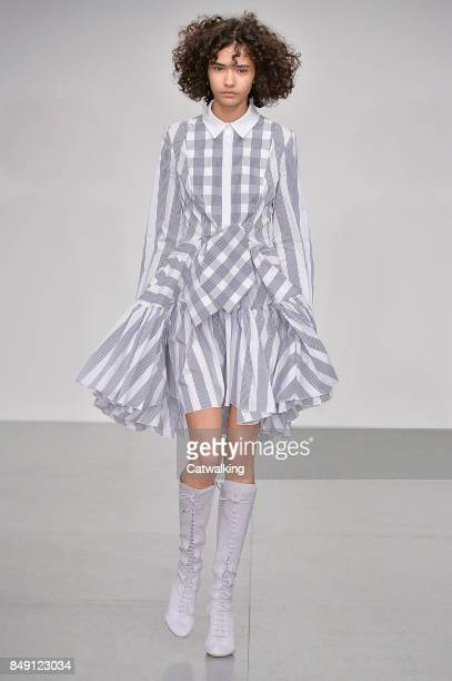 A model walks the runway at the Antonio Berardi Spring Summer 2018 fashion show during London Fashion Week on September 18 2017 in London United...