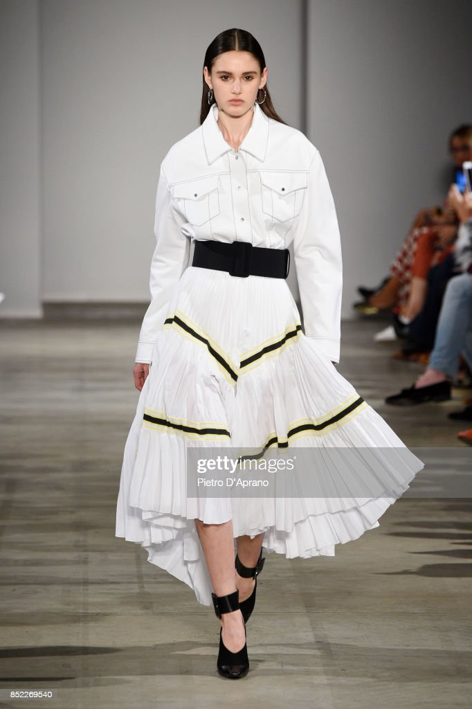 model-walks-the-runway-at-the-aquilanorimondi-show-during-milan-week-picture-id852269540